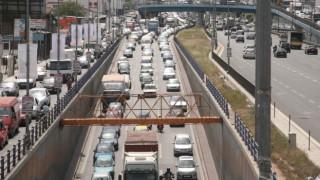 Κυκλοφοριακό κομφούζιο στον Κηφισό: Ντελαπάρισε νταλίκα στο ύψος της Ροσινιόλ