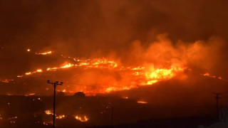 Υπό έλεγχο η πυρκαγιά στη Σύρο (pics)