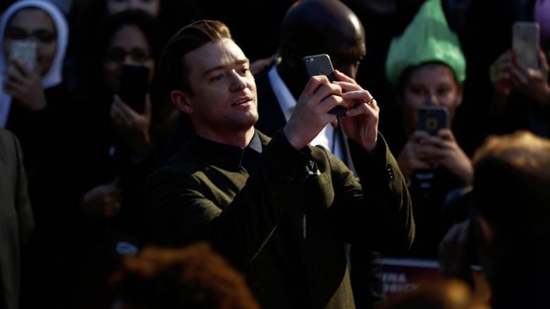 Η selfie που στέλνει τον Τζάστιν Τίμπερλεϊκ στο εδώλιο (pics)
