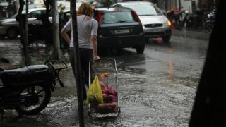 ΕΛΣΤΑΤ: Κι άλλη μείωση στο διαθέσιμο εισόδημα των νοικοκυριών το 2016