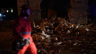 Σεισμός Ιταλία: Συντρίμμια, μετασεισμοί και φόβος  (pics&vid)