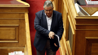 Τηλεοπτικές άδειες: Μνημείο θράσους και υποκρισίας η θέση της κυβέρνησης, λέει το ΚΚΕ