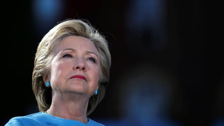 Εκλογές ΗΠΑ: Η Χ. Κλίντον ζητά εξηγήσεις από το FBI για τη νέα έρευνα στα email της