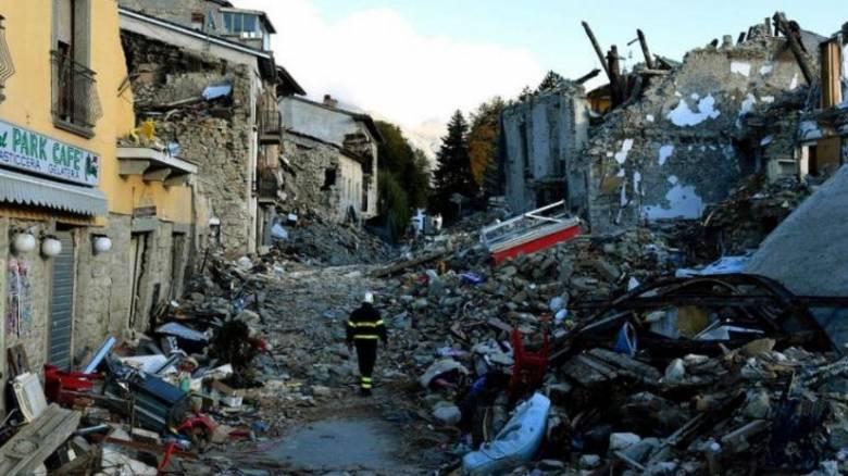 Σεισμός Ιταλία: «Πρωτοφανής σεισμική δραστηριότητα», δηλώνει ο Γ. Χουλιάρας