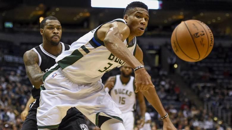 "NBA: οι Μπακς νίκησαν με τον Αντετοκούνμπο να ""καρφώνει"""