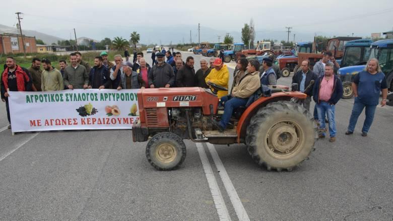 Αρχίζουν νέες κινητοποιήσεις οι αγρότες