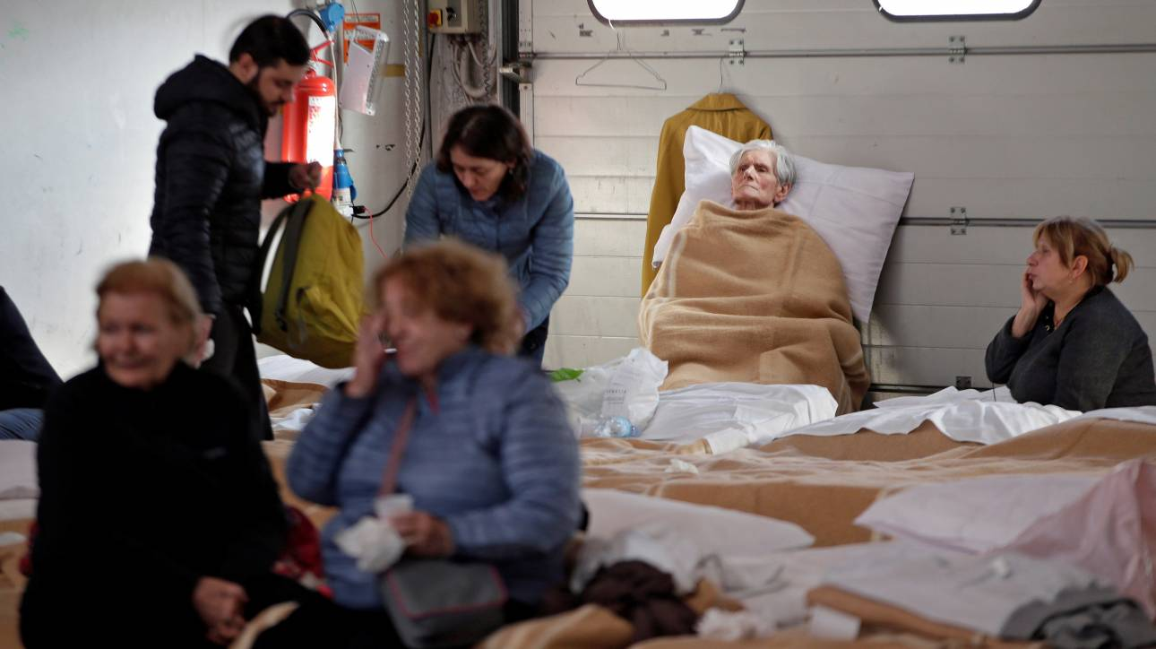 Ιταλία: Τριάντα χιλιάδες οι άστεγοι από τις σεισμικές δονήσεις