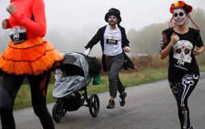"Αγώνας δρόμου ""Trick or Treat"" για το Halloween στο Ριτσμοντ Παρκ, στο Λονδίνο"