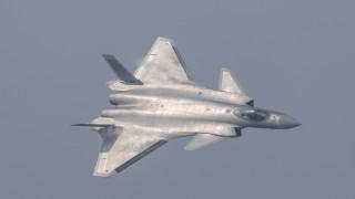 Αποκαλυπτήρια για το πρώτο κινεζικό stealth (vid&pics)