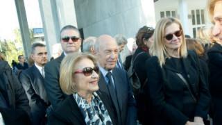 Σύσσωμος ο πολιτικός κόσμος στην κηδεία του Κώστα Στεφανή (pics)