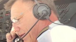 Love is in the air - Η πρόταση γάμου του πιλότου που έγινε viral (vid)