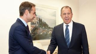Συνάντηση Μητσοτάκη-Λαβρόφ: Στο επίκεντρο το Κυπριακό και οι τουρκικές προκλήσεις