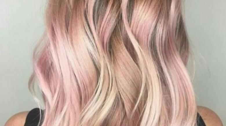 Τα ροζ-ξανθά μαλλιά το νέο τρεντ της σεζόν (pics)