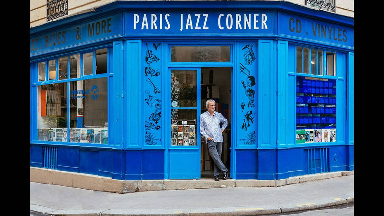 https://cdn.cnngreece.gr/media/news/2016/11/03/53000/photos/snapshot/The-story-behind-these-iconic-parisian-storefronts-5809c93dc699f__880.jpg