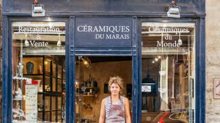 Το Παρίσι μέσα από τις «μαγικές» βιτρίνες του