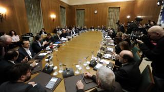 Ανασχηματισμός: Οι «καραμπόλες» κρίνουν το νέο υπουργικό