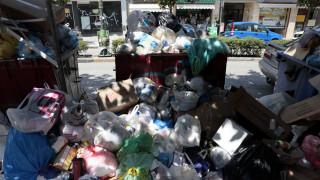 Δυσοσμία και τρωκτικά στους δρόμους της Ζακύνθου από τα απορρίμματα