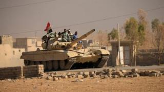 Ο Ιρακινός στρατός μάχεται τους τζιχαντιστές στη Χαμάμ αλ Αλίλ