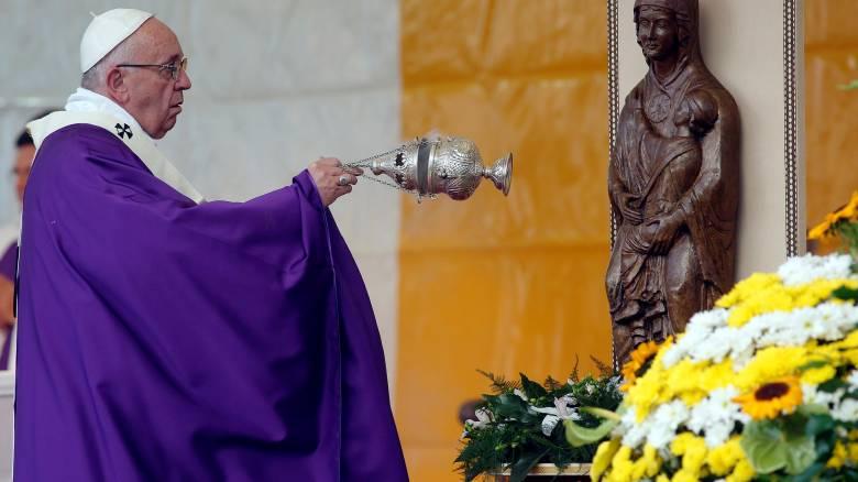Πάπας Φραγκίσκος: «Σώζονται οι τράπεζες και όχι οι άνθρωποι»