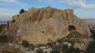 Η άγνωστη βραχογραφία της Ακρόπολης