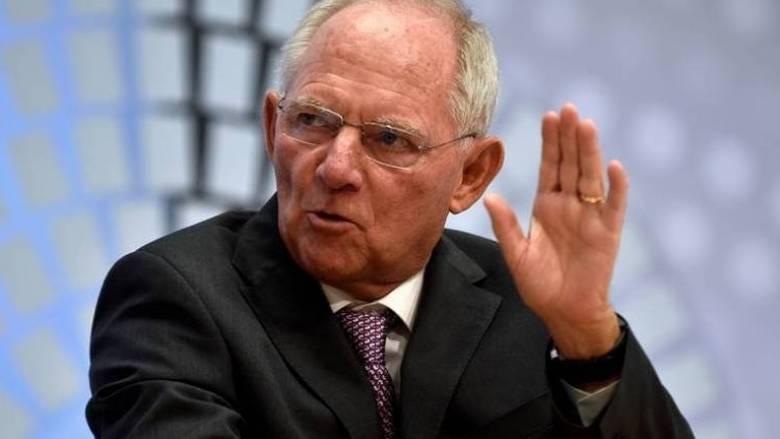 FAZ: Πιέζουν τον Σόιμπλε για ελάφρυνση του ελληνικού χρέους