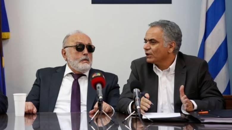 Νέο υπουργικό συμβούλιο: Τι είπαν Κουρουμπλής-Σκουρλετης στην τελετή παράδοσης παραλαβής