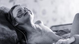 Το viral πορτρέτο του παιδικού καρκίνου συγκλονίζει. Η δραματική έκκληση ενός πατέρα