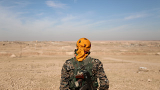 Ράκα: Η δυτική συμμαχία βομβαρδίζει τους τζιχαντιστές, η αραβοκουρδική συμμαχία προελαύνει