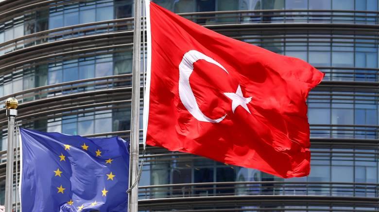 Μ. Τσαβούσογλου: Απαράδεκτα τα σχόλια της Φ. Μογκερίνι για την Τουρκία