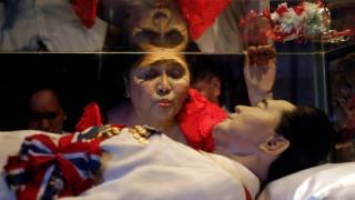 Φιλιππίνες: ο πρώην δικτάτορας Φερντινάντ Μάρκος θα ταφεί ως ήρωας