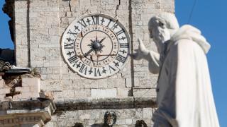 «Δεν αποκλείεται νέος, ισχυρός σεισμός στην Ιταλία» λέει ο πρόεδρος του Ινστιτούτου Γεωφυσικής