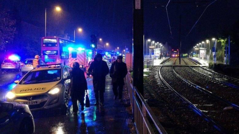 Λονδίνο: Σαράντα τραυματίες και πέντε παγιδευμένοι σε ανατροπή τραμ