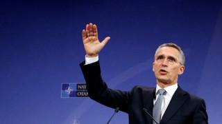 Πρόεδρος ΗΠΑ: «Πιο σημαντική από ποτέ η ηγεσία της Ουάσινγτον», δηλώνει ο Στόλτενμπεργκ
