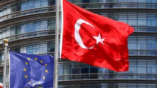 Η ΕΕΔΑ ζητά να σταματήσει η έκδοση πολιτών στην Τουρκία