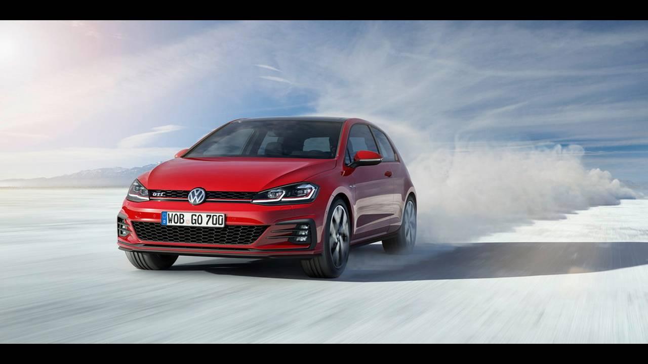 https://cdn.cnngreece.gr/media/news/2016/11/10/54036/photos/snapshot/VW-Golf-2017-20.jpg