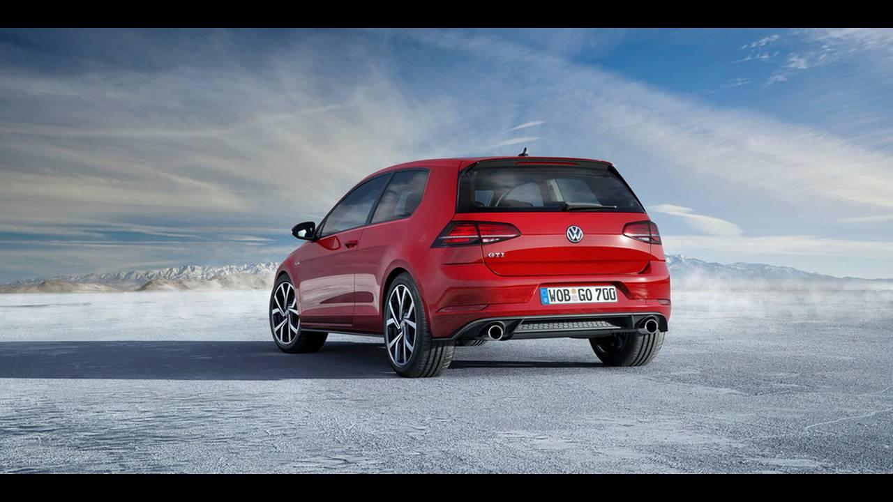https://cdn.cnngreece.gr/media/news/2016/11/10/54036/photos/snapshot/VW-Golf-2017-22.jpg