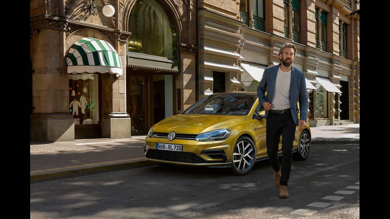 https://cdn.cnngreece.gr/media/news/2016/11/10/54036/photos/snapshot/VW-Golf-2017-5.jpg