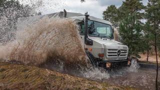 To Unimog, το όχημα που πάει παντού και κάνει τα πάντα, έκλεισε τα 70