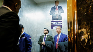 Πρόεδρος ΗΠΑ: Στο ρετιρέ του Ντόναλντ Τραμπ στο Μανχάταν ο Νάιτζελ Φάρατζ