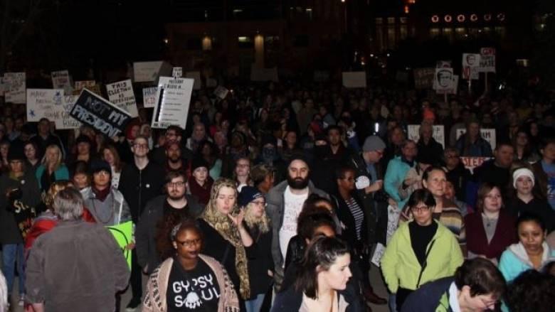 Ινδιανάπολη: Διαδήλωση κατά του Τραμπ με τραυματισμούς αστυνομικών και επτά συλλήψεις