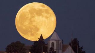 Υπερπανσέληνος: Αύριο το εντυπωσιακότερο φεγγάρι των τελευταίων 70 ετών