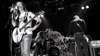 Ανεπιθύμητος ο τραγουδιστής των Eagles of Death Metal στο Μπατακλάν