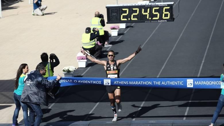 Μαραθώνιος 2016: Χριστόφορος Μερούσης, ο Έλληνας που τερμάτισε πρώτος