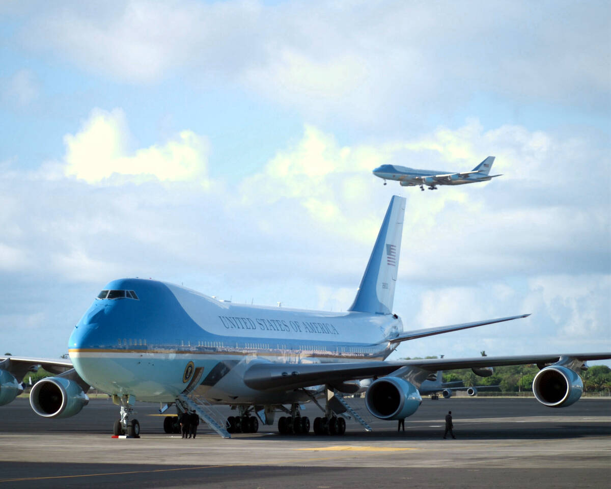 The two Boeing VC 25A Air Force One