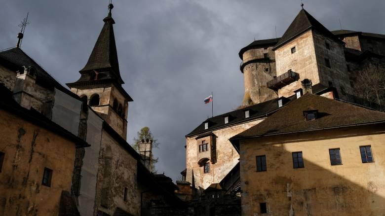 Σλοβακία: ξενάγηση στο κάστρο του Nosferatu (vid+pics)