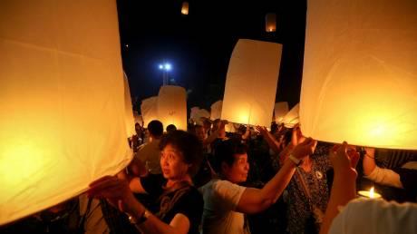 Yee Peng: η γιορτή των φαναριών στην Ταϊλάνδη
