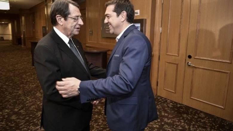 Ο Ν. Αναστασιάδης ενημερώνει την Τετάρτη τον Αλ. Τσίπρα για το Κυπριακό