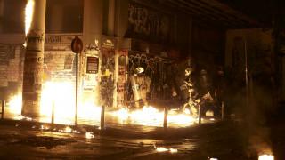Μολότοφ, δακρυγόνα και συγκρούσεις στο Πολυτεχνείο
