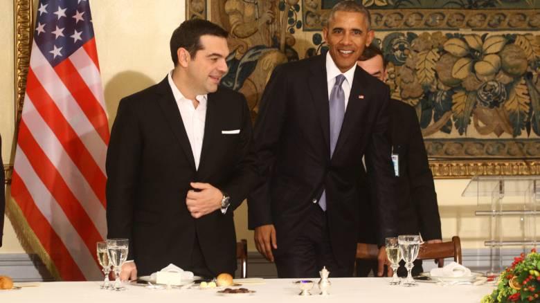 Επίσκεψη Ομπάμα: εκτός από θερμά λόγια δεν είχε κάτι άλλο στις αποσκευές του, λέει η Bild