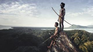 Οι τελευταίες απομονωμένες φυλές του κόσμου μέσα από τον φακό του Jimmy Nelson